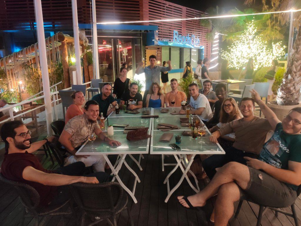 Sortir entre amis autour d'un verre grace à Yoann sur Yepngo